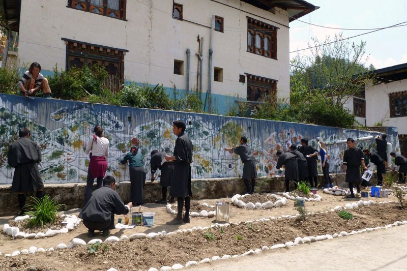 Co-creation of a mural on the campus of Choki Traditional Art School, Thimphu. 2013. Photograph: © FOA-FLUX
